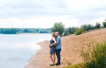 Петя и Женя на песчаном карьере, когда море любви и нежности внутри (фотосессия беременности)-610