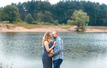 Петя и Женя на песчаном карьере, когда море любви и нежности внутри (фотосессия беременности)-613