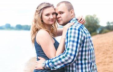 Петя и Женя на песчаном карьере, когда море любви и нежности внутри (фотосессия беременности)-615