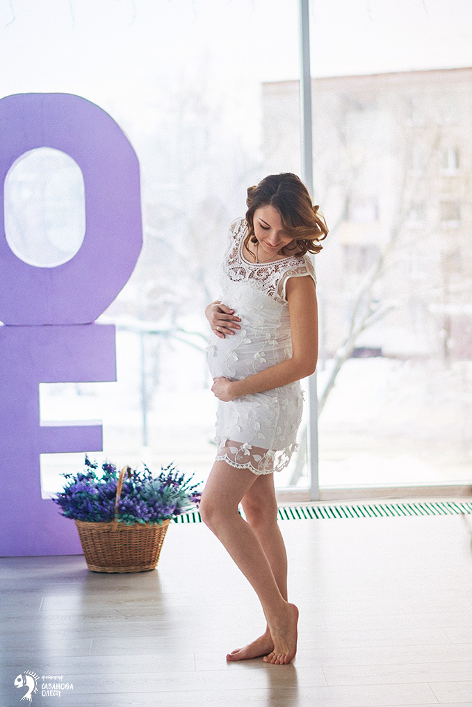 Фотосессия беременности с мужем в студии